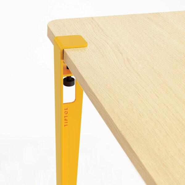 Table à manger LOBO – bois éco-certifié