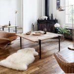 Table basse carrée TIPTOE en bois massif et pieds 43cm acier patiné