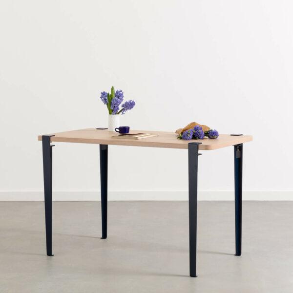 Table à manger LOBO - bois éco-certifié