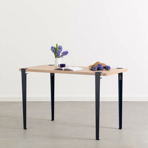 NOMA desk - eco-certified wood