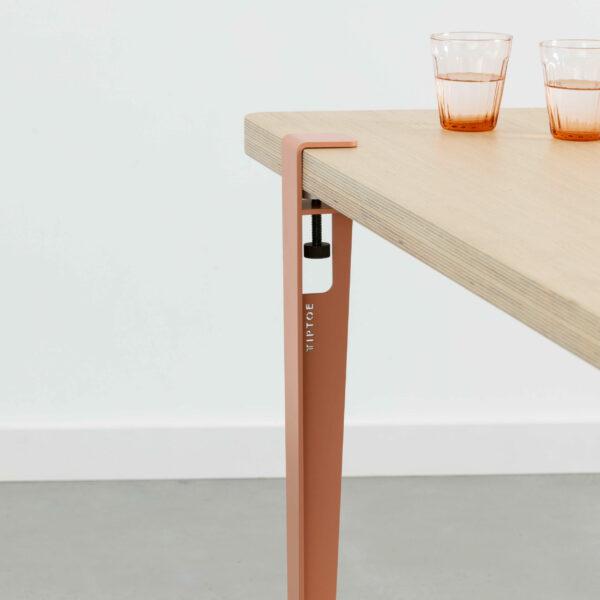 La table à manger BRIXTON en chêne