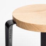 Tabouret haut BIG LOU – bois éco-certifié