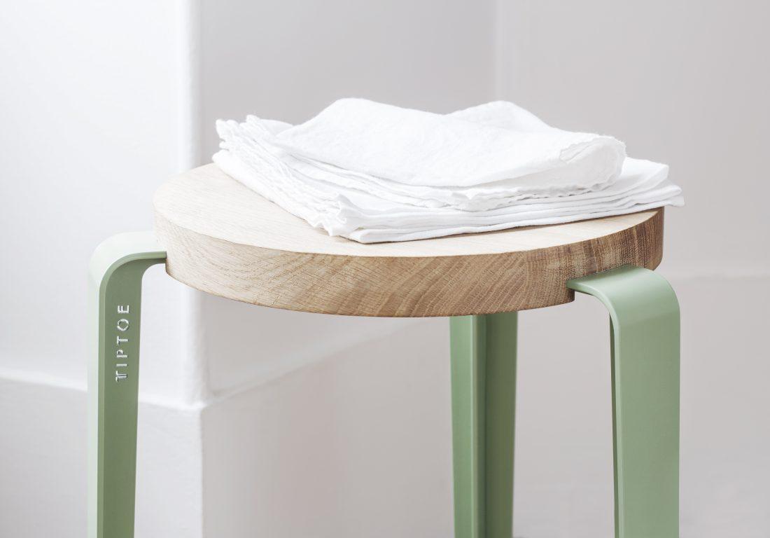 LOU, the versatile stool