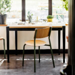Chaise de bureau en bois et acier TIPTOE