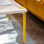 Pied de table en acier coloré TIPTOE