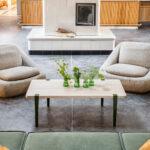 Table basse en chêne et pieds en métal TIPTOE