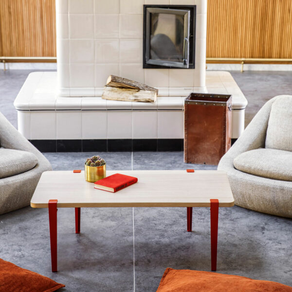 Table basse en bois TIPTOE avec pieds en métal