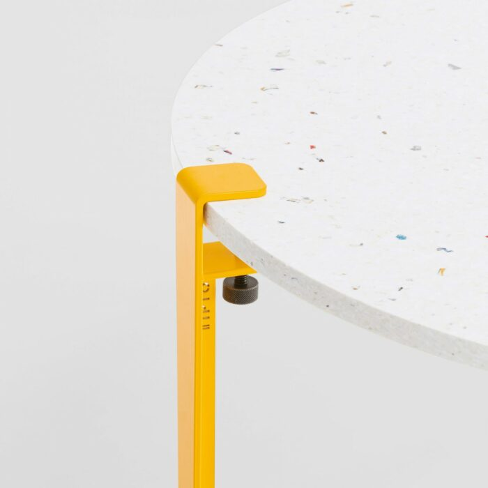 Table basse en plastique recyclé Venezia - Pied de table basse jaune