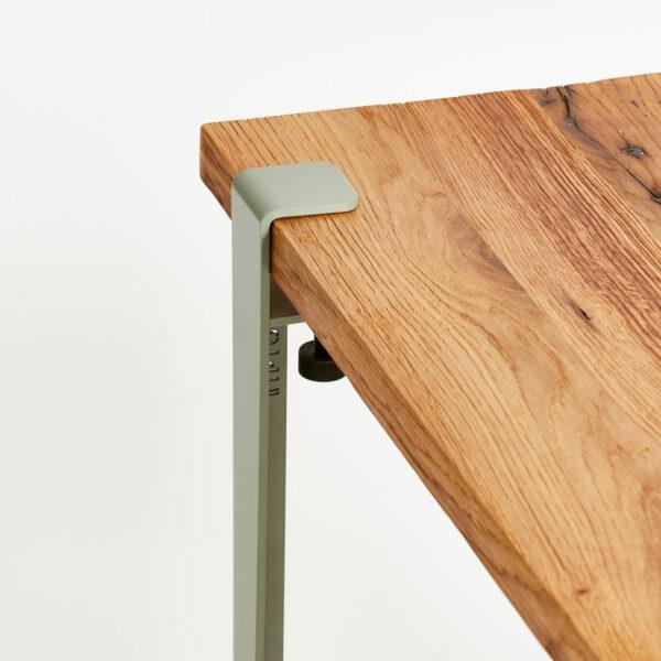 Plateau de table en bois ancien recyclé avec pied pour table basse TIPTOE