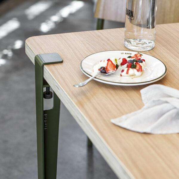 Pied de table et bureau TIPTOE serre-joint Vert Romarin