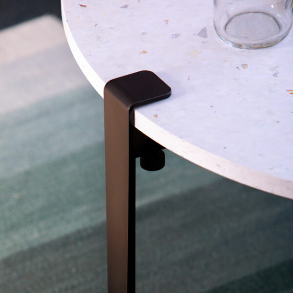 TIPTOE design table leg in black steel
