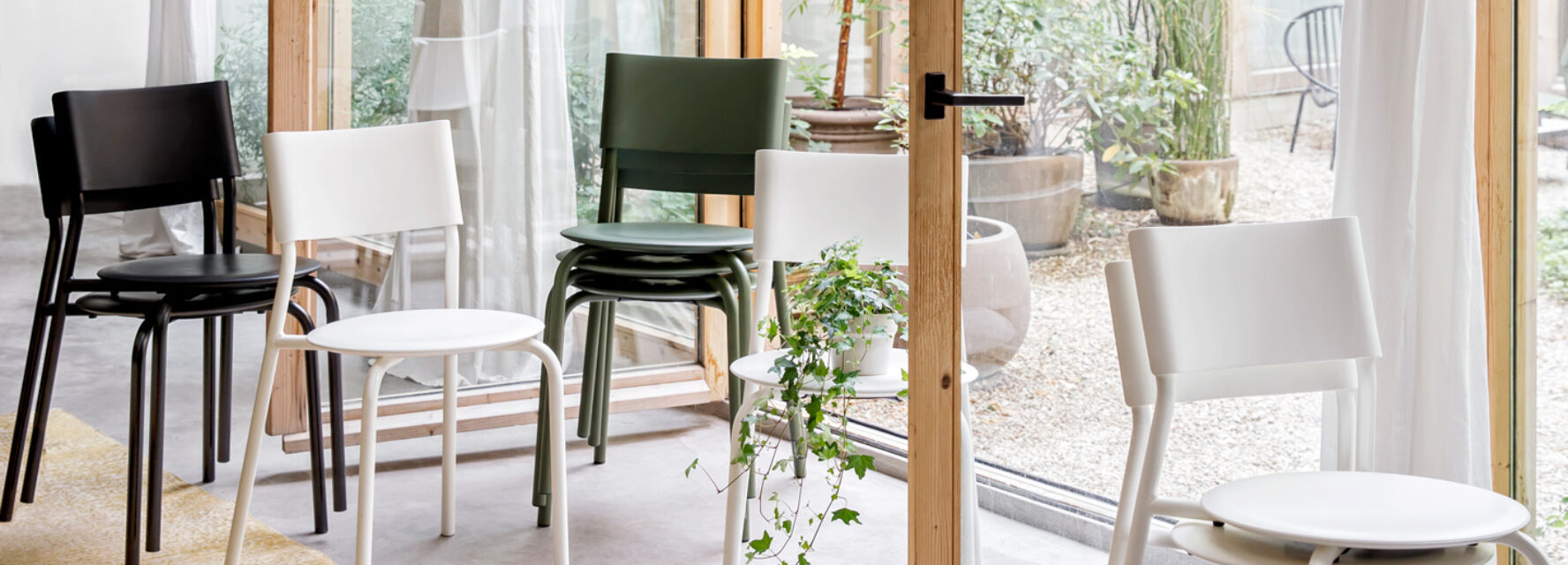 Chairs and stools - TIPTOE