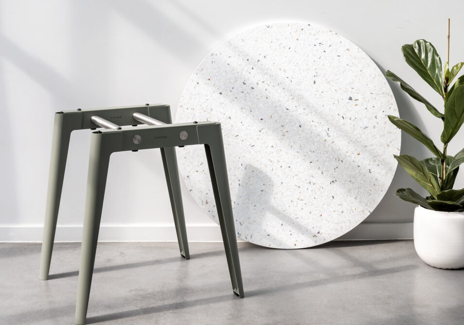 NEW MODERN : the new table system by TIPTOE