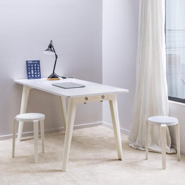 NEW MODERN desk – recycled plastic